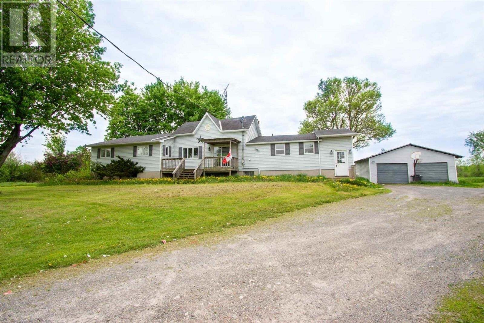 Residential property for sale at 4990 Bradford Rd South Frontenac Ontario - MLS: K20002716