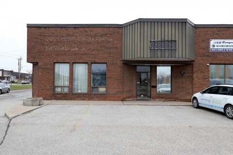 Commercial property for lease at 4995 Timberlea Blvd Mississauga Ontario - MLS: W5002285
