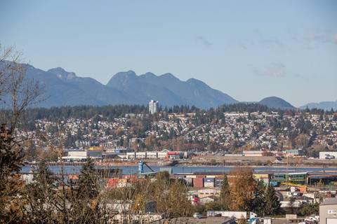 Townhouse for sale at 11255 132 St Unit 5 Surrey British Columbia - MLS: R2416733