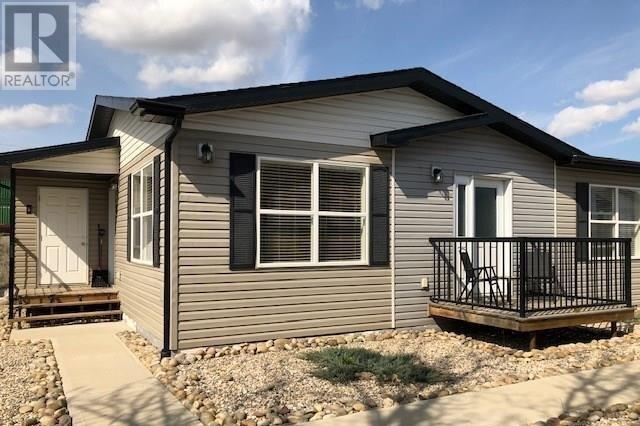 House for sale at 1275 South Railway St E Unit 5 Swift Current Saskatchewan - MLS: SK818907