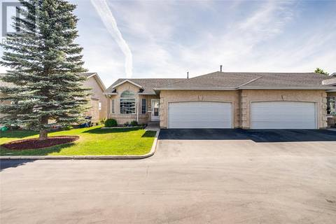 Townhouse for sale at 135 Pinehouse Dr Unit 5 Saskatoon Saskatchewan - MLS: SK775724