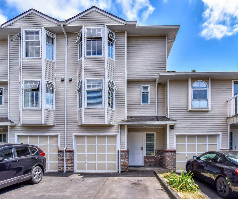 Sold: 5 - 13942 72 Avenue, Surrey, BC