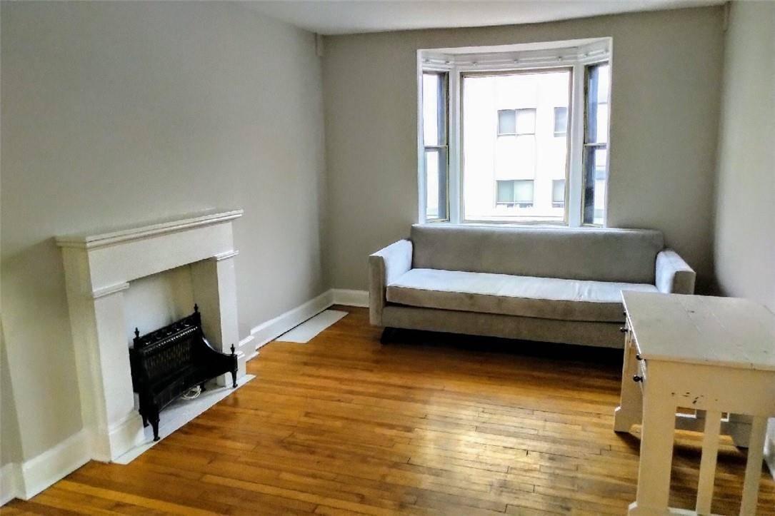 Apartment for rent at 156 James St S Unit 5 Hamilton Ontario - MLS: H4067933