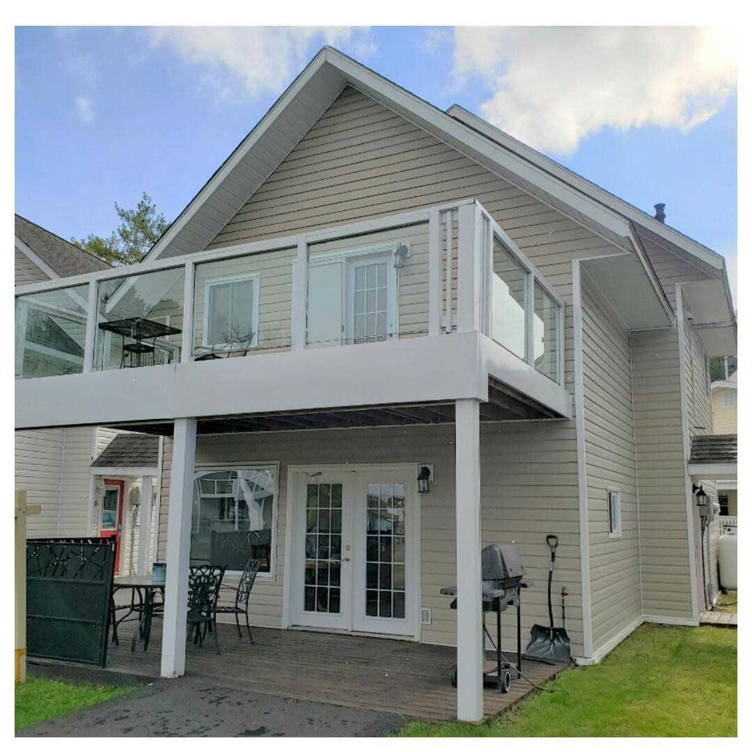 For Sale: 5 - 1959 Peninsula Point Road, Severn, ON | 3 Bed, 2 Bath House for $389000.00. See 30 photos!