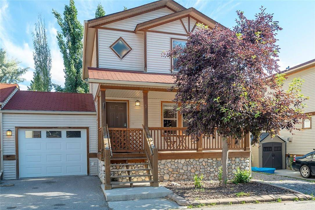 Townhouse for sale at 200 10th Ave Unit 5 Invermere British Columbia - MLS: 2438794