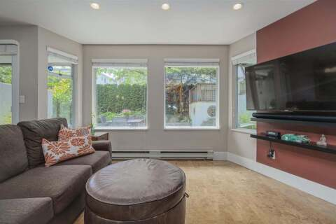Condo for sale at 2015 3rd Ave W Unit 5 Vancouver British Columbia - MLS: R2472988
