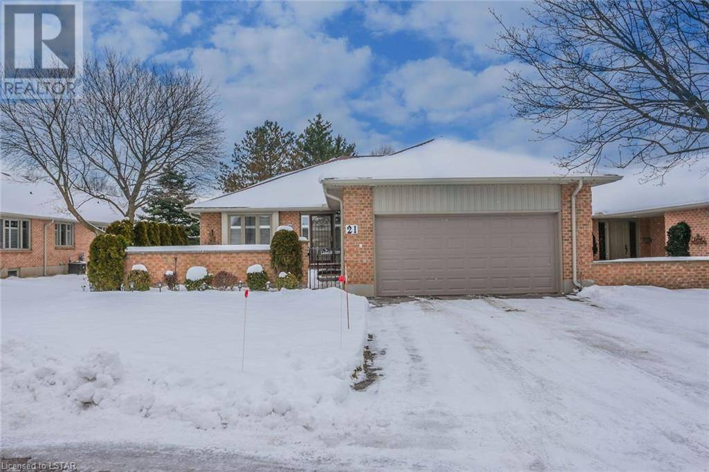 Home for sale at 21 Cadeau Te Unit 5 London Ontario - MLS: 241229