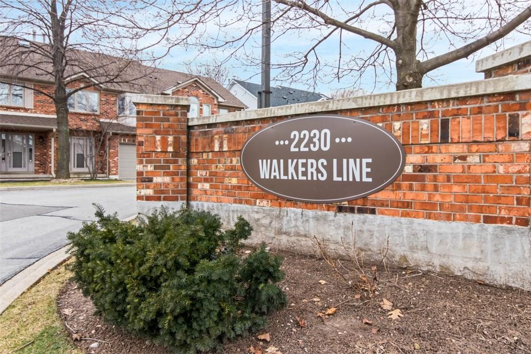 House for sale at 5-2230 Walker's Line Burlington Ontario - MLS: W4328554