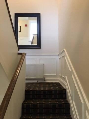 Apartment for rent at 2812 Bloor St Unit 5 Toronto Ontario - MLS: W4646902
