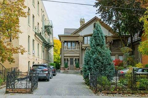 Townhouse for rent at 37 Metcalfe St Unit 5 Toronto Ontario - MLS: C4605826