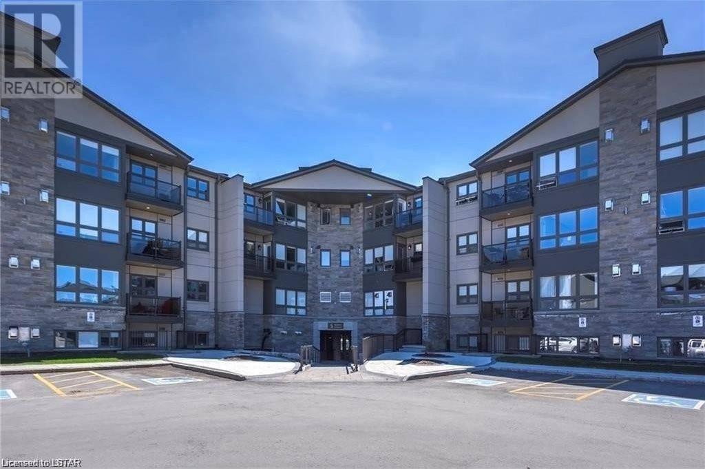 Condo for sale at 403 Jacksway Cres Unit 5 London Ontario - MLS: 246220