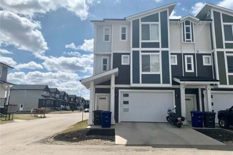 Townhouse for sale at 600 Maple Cres Unit 5 Warman Saskatchewan - MLS: SK798949