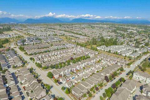 Townhouse for sale at 6568 193b St Unit 5 Surrey British Columbia - MLS: R2397130