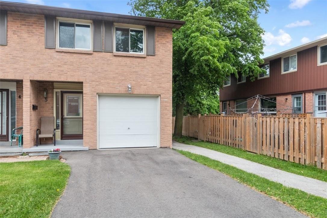 Townhouse for sale at 66 Summercrest Dr Unit 5 Hamilton Ontario - MLS: H4079035