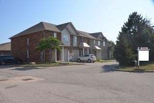 Townhouse for rent at 876 Golf Links Rd Unit 5 Ancaster Ontario - MLS: H4081671