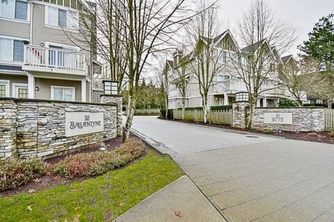 Townhouse for sale at 8775 161 St Unit 5 Surrey British Columbia - MLS: R2520002