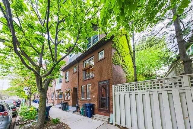 Townhouse for rent at 5 Aitken Pl Toronto Ontario - MLS: C4639647