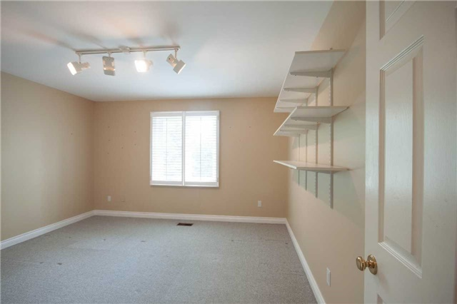 For Rent: 5 Ashdown Crescent, Richmond Hill, ON   5 Bed, 5 Bath House for $3,300. See 16 photos!