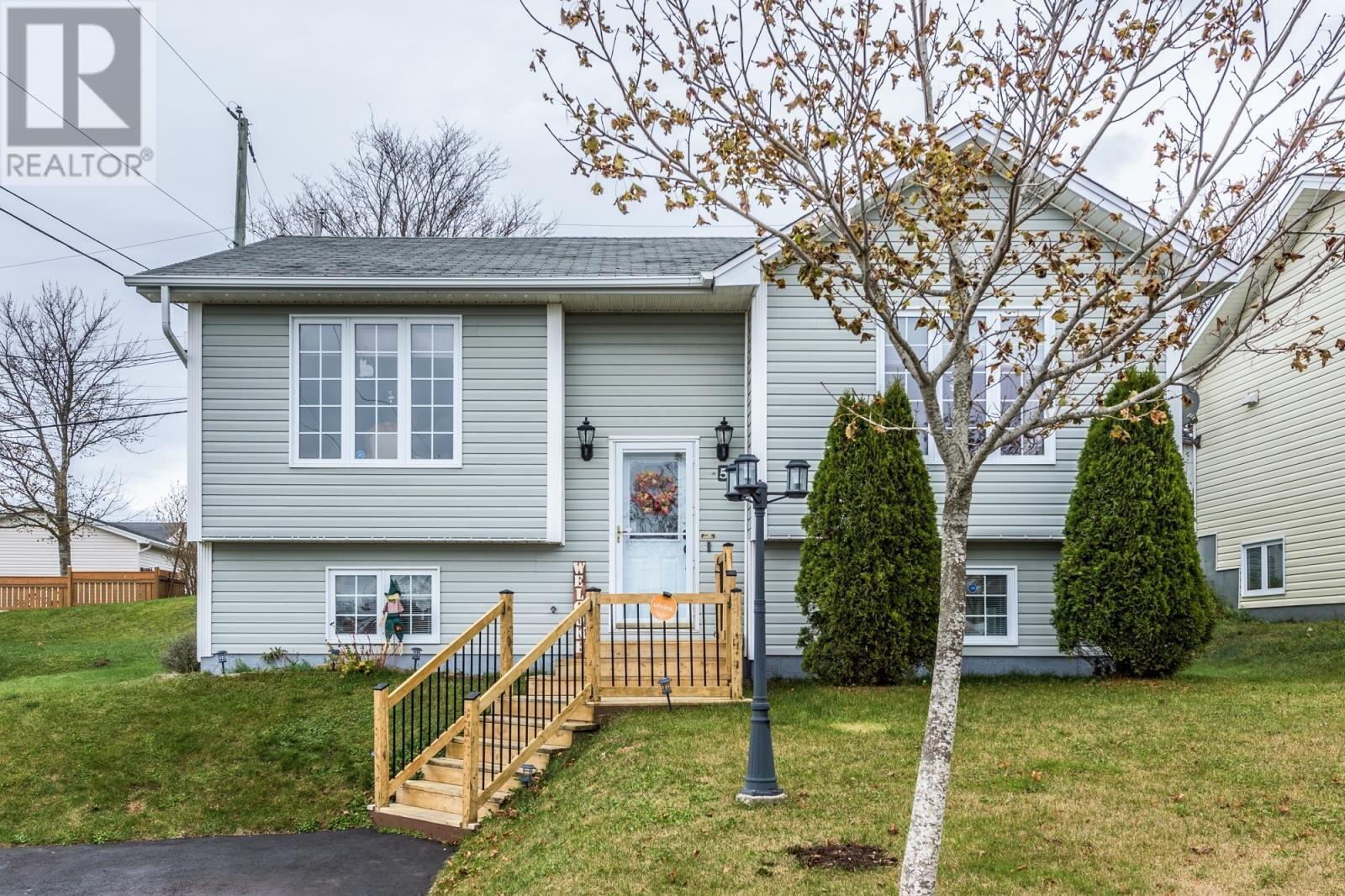 House for sale at 5 Balnafad Pl St. John's Newfoundland - MLS: 1223369
