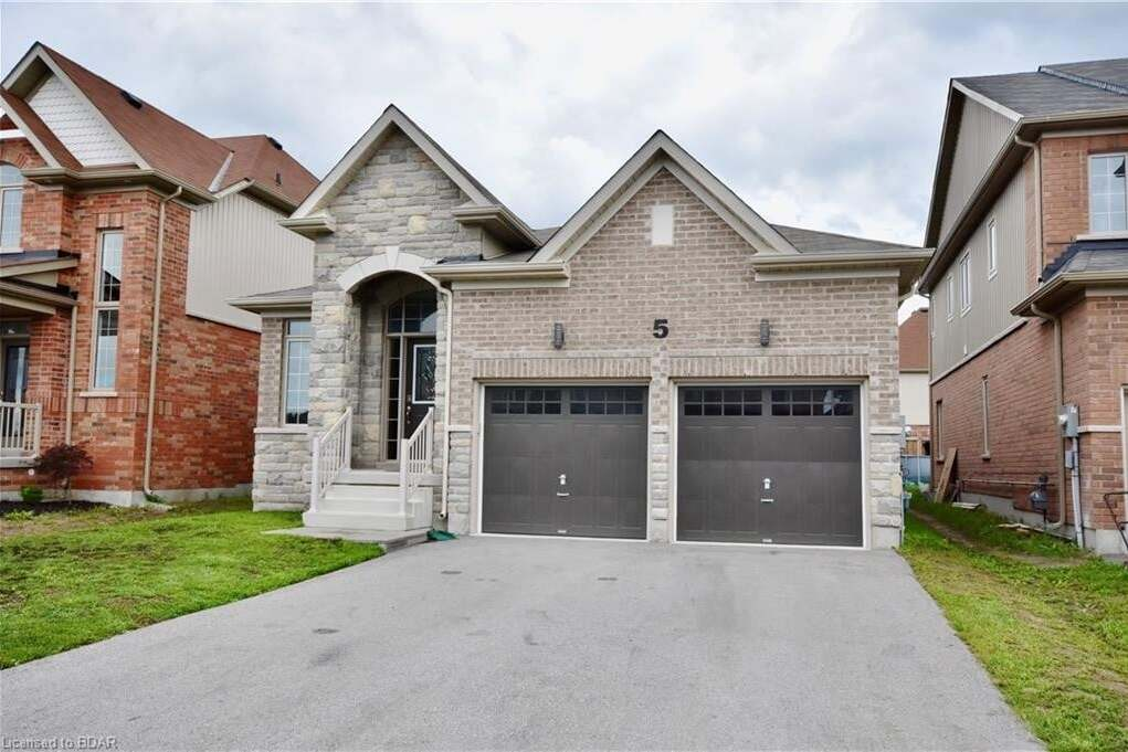 House for sale at 5 Battalion Dr Angus Ontario - MLS: 30828822