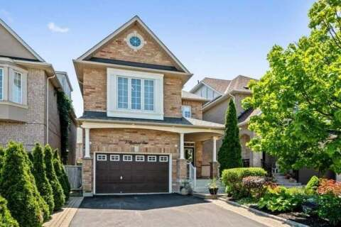 House for sale at 5 Bentwood Cres Vaughan Ontario - MLS: N4821054
