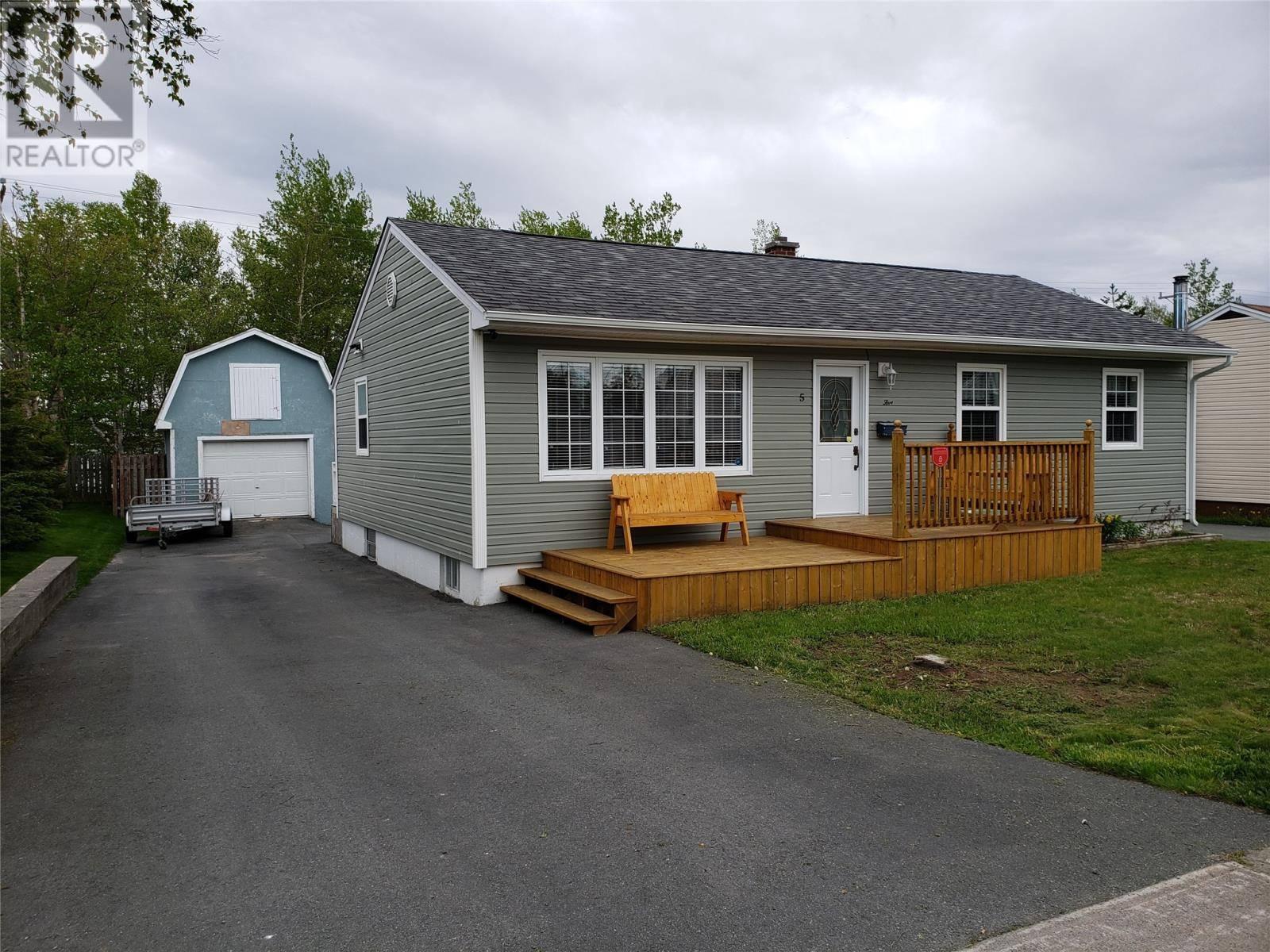 House for sale at 5 Bowes St Gander Newfoundland - MLS: 1197982