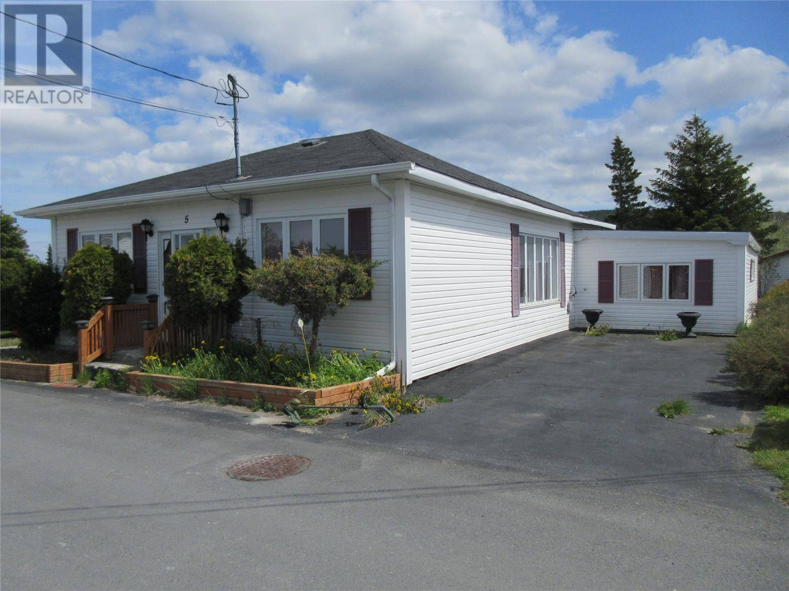 5 Butts Avenue, Carbonear | Image 2