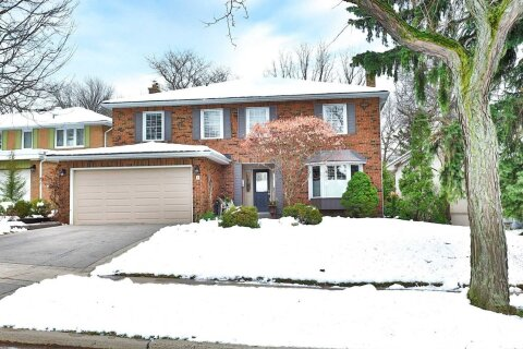 House for sale at 5 Carnwath Cres Toronto Ontario - MLS: C5000856