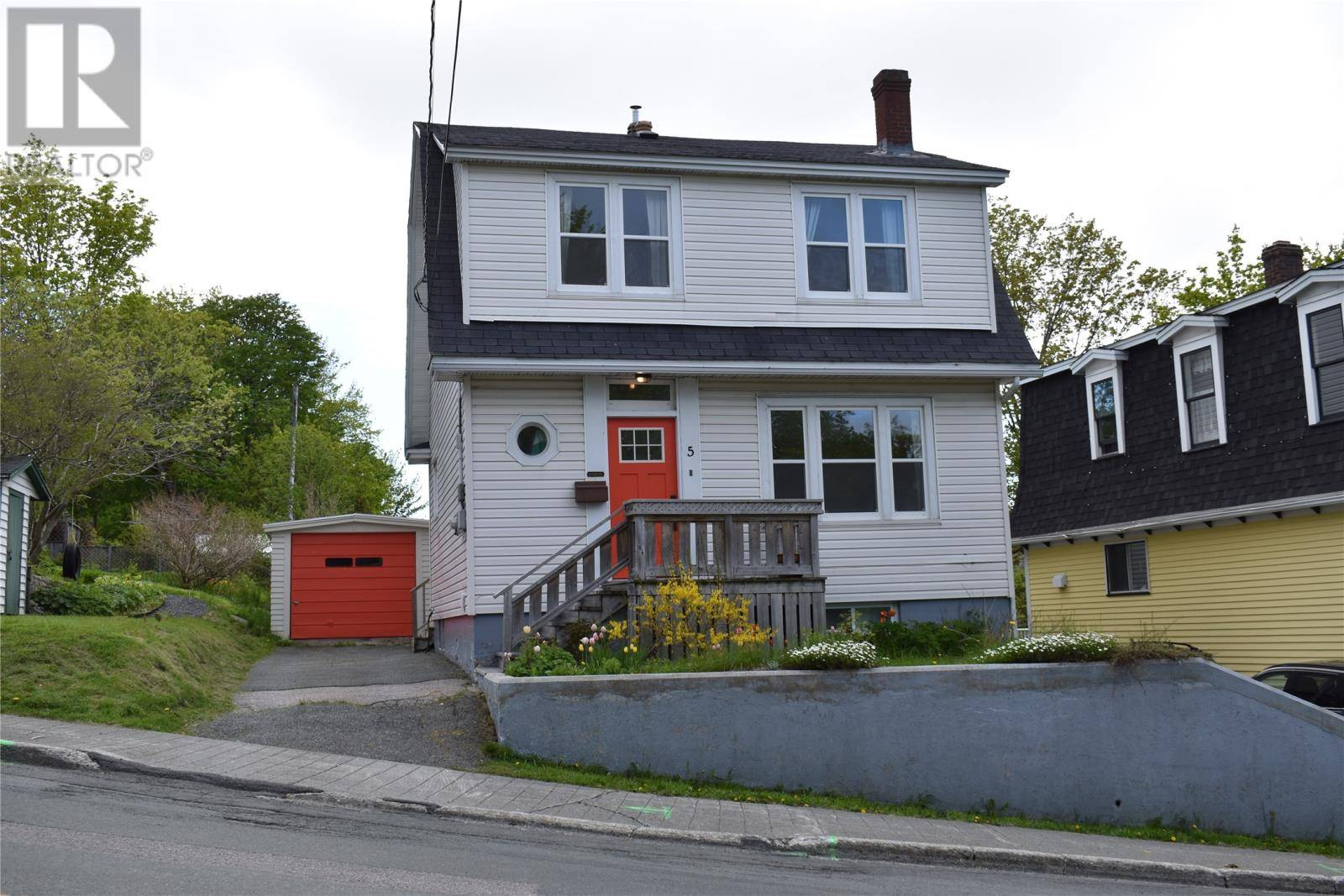 House for sale at 5 Carpasian Rd St. John's Newfoundland - MLS: 1197952