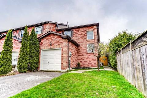 Townhouse for sale at 5 Chance Ct Clarington Ontario - MLS: E4449160