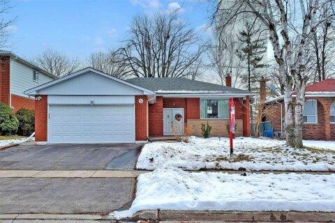 House for sale at 5 Eastlea Cres Toronto Ontario - MLS: E5085205
