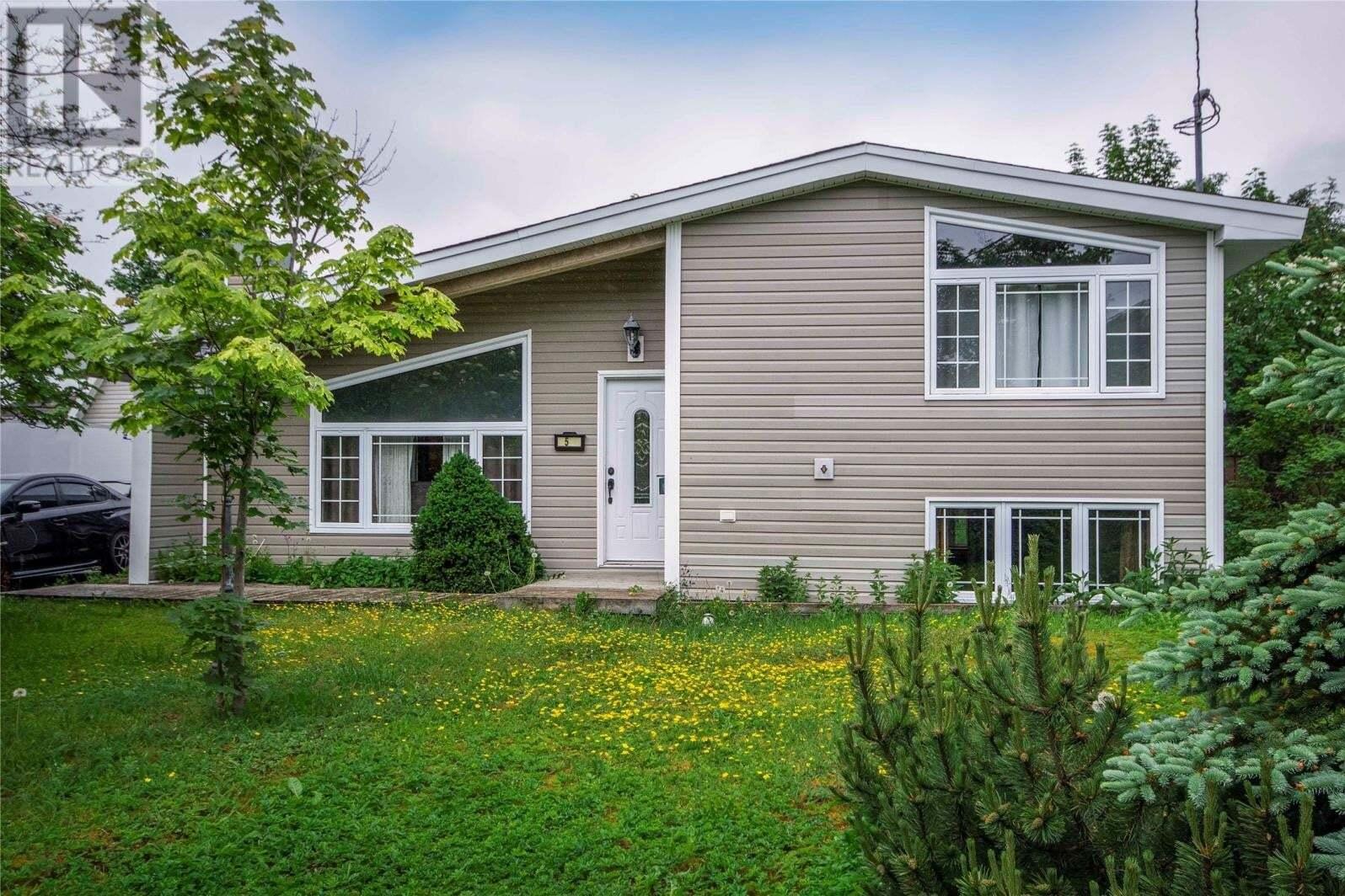 House for sale at 5 Edinburgh Dr Mount Pearl Newfoundland - MLS: 1216893