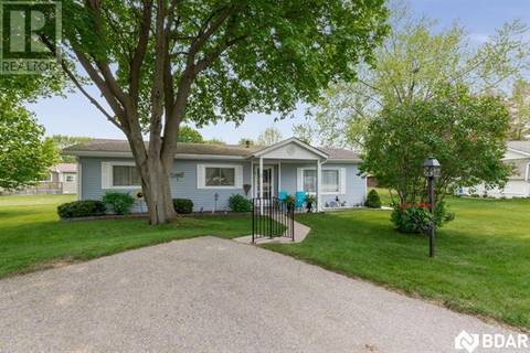 Home for sale at 5 Elm Ct Innisfil Ontario - MLS: 30742516