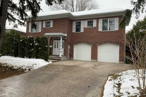 House for sale at 5 Elmcrest Rd Toronto Ontario - MLS: W5062442