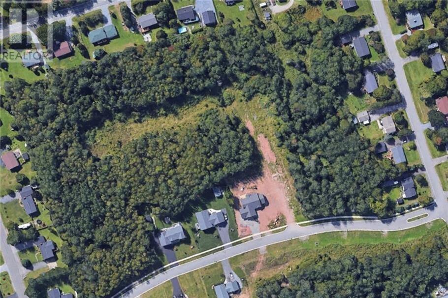 Home for sale at 5 Executive Dr Hampton New Brunswick - MLS: NB029196