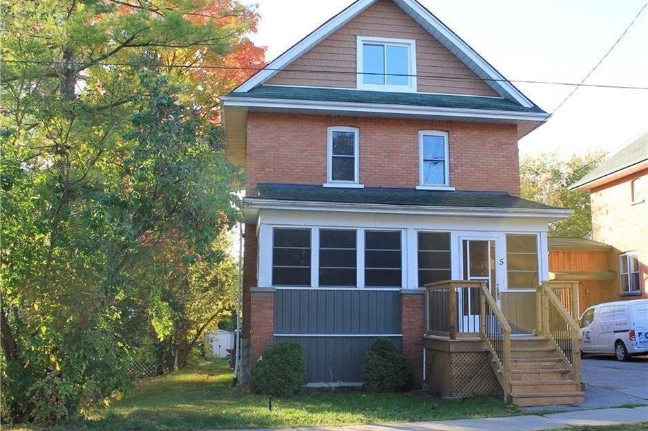 House for sale at 5 Fair Ave Lindsay Ontario - MLS: 40032041