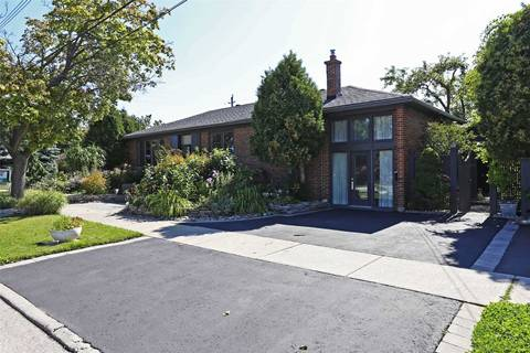 House for sale at 5 Fenley Dr Toronto Ontario - MLS: W4641960
