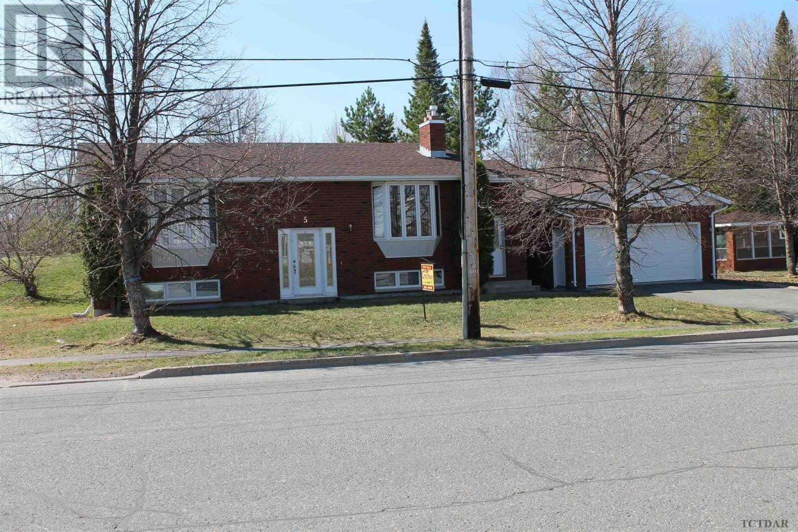 House for sale at 5 Fifth St Kirkland Lake Ontario - MLS: TM200357