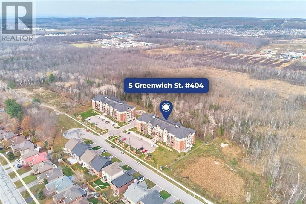 Condo for sale at 5 Greenwich St Barrie Ontario - MLS: 40042678