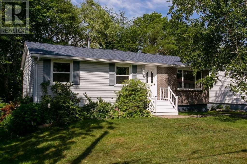 House for sale at 5 Jersey Dr Dartmouth Nova Scotia - MLS: 202012517