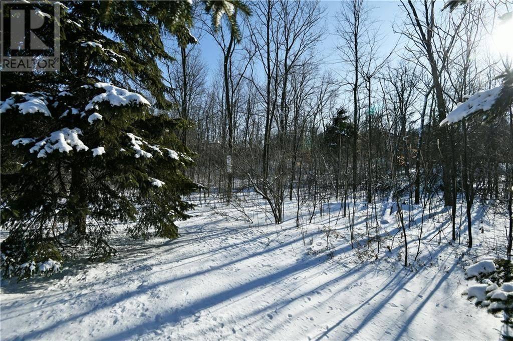 Residential property for sale at 5 Kanata Rockeries Pt Ottawa Ontario - MLS: 1176738