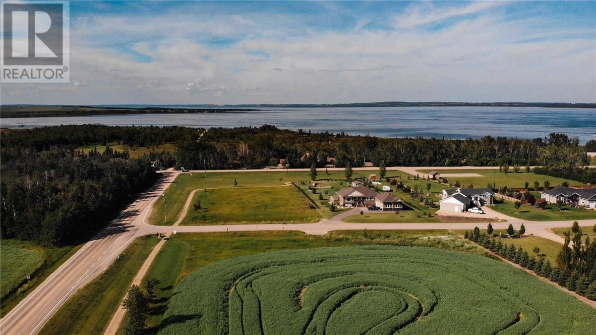 Residential property for sale at 5 Lakeview Estate  Rural Lacombe County Alberta - MLS: ca0185790