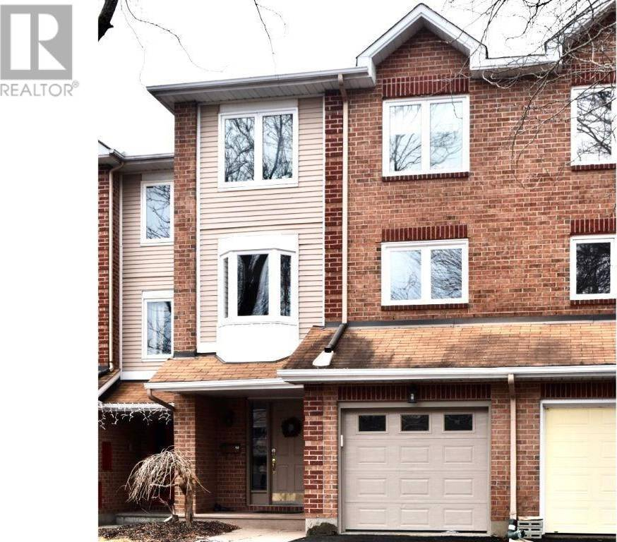 Townhouse for sale at 5 Mannington Ct Ottawa Ontario - MLS: 1188092