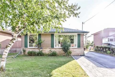 House for sale at 5 Marilake Dr Toronto Ontario - MLS: E4850129