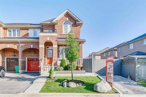 Townhouse for sale at 5 Oswald Rd Brampton Ontario - MLS: W4580924