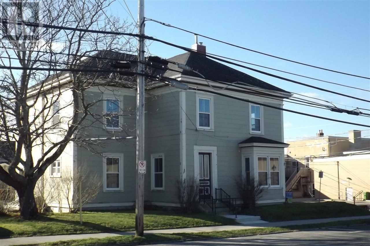 Townhouse for sale at 5 Parade St Yarmouth Nova Scotia - MLS: 202024578