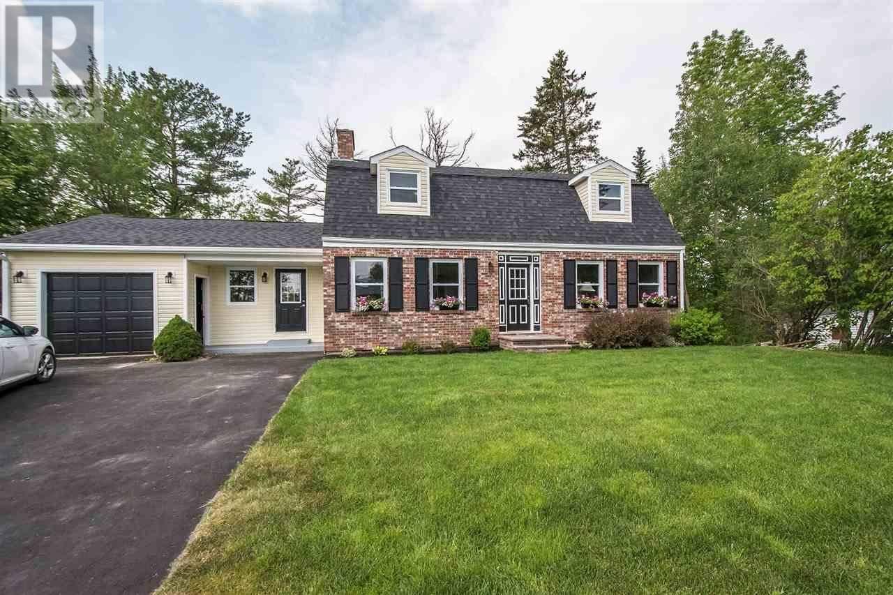 House for sale at 5 Parker Place Cres Enfield Nova Scotia - MLS: 201918324