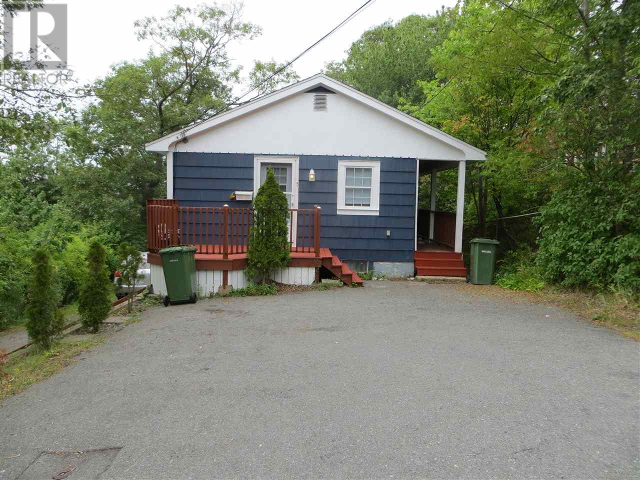 Removed: 5 Parkstone Road, Dartmouth, NS - Removed on 2018-11-14 04:27:02