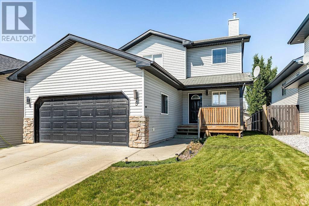 House for sale at 5 Pine Cres Blackfalds Alberta - MLS: ca0171397