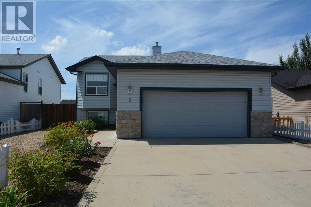 House for sale at 5 Pondside Cres Blackfalds Alberta - MLS: ca0172750